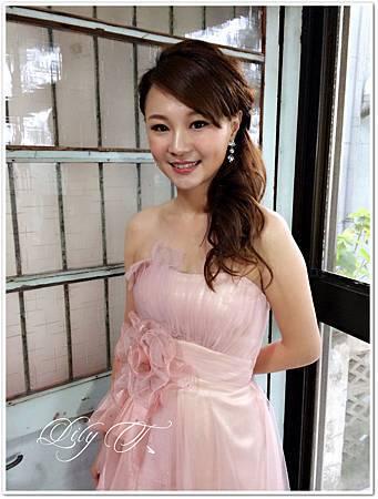 台北新娘秘書Lily左永立 新娘編髮造型 婚紗造型