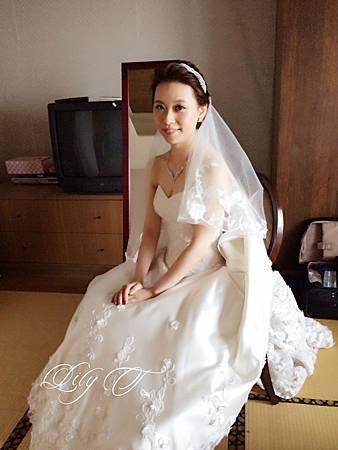 台北新娘秘書Lily左永立 韓風新娘典雅白紗造型 韓風新娘造型 自助婚紗造型 新娘化妝造型 海外新秘服務 整體時尚彩妝造型 維多利亞酒店 Julia婚紗