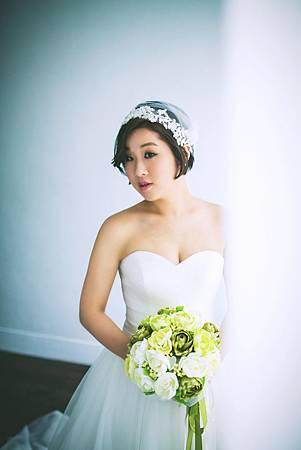 台北新娘秘書左永立Lily 自助婚紗造型 新娘古典白紗 短髮新娘造型 整體彩妝造型 bridal hair and makeup