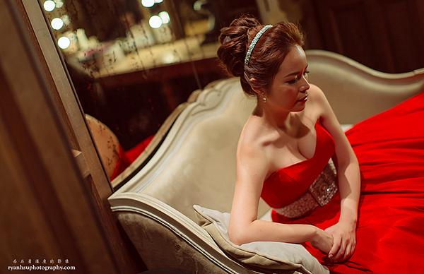 台北新娘秘書Lily左永立 新娘典雅婚紗造型 韓式新娘造型 自助婚紗造型 新娘化妝造型 海外新秘服務 整體時尚彩妝造型 個人彩妝教學 君品酒店