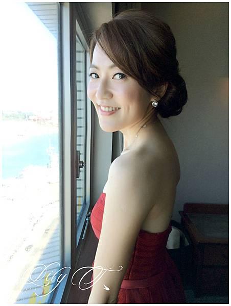 台北新娘秘書Lily左永立 新娘典雅婚紗造型 新娘包頭 自助婚紗造型 新娘化妝造型 海外婚紗新秘服務 整體時尚彩妝造型 個人彩妝教學 Alisha&Lace