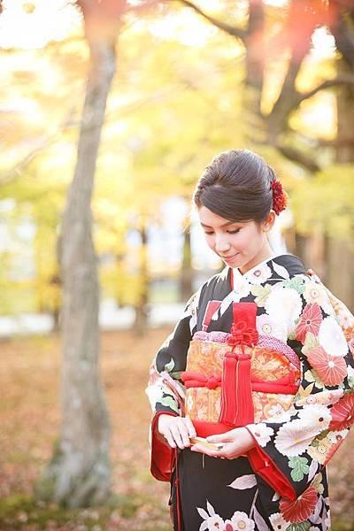 台北新娘秘書Lily左永立 日本京都和服婚紗 海外旅行婚紗 新娘典雅婚紗造型 海外自助婚紗造型 新娘化妝造型 海外婚禮婚紗新秘服務 整體時尚彩妝造型 個人彩妝教學
