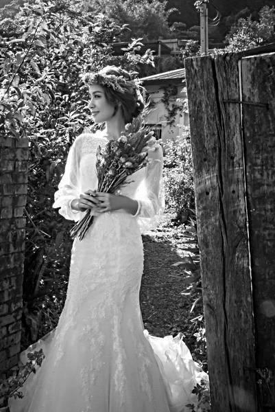 台北新娘秘書左永立Lily 整體時尚彩妝造型 新娘化妝髮型 自助婚紗造型 歐美風格婚紗 新娘蕾絲白紗典雅造型 海外婚禮婚紗新秘 WHCHEN PHIPHOTOSTUDIO 北部新秘推薦