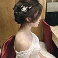 台北桃園新秘 新娘典雅婚紗造型 歐美新娘造型 自助婚紗造型  新娘化妝髮型 海外新秘服務 整體時尚彩妝造型 個人彩妝教學
