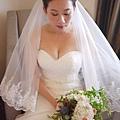 台北桃園新秘 新娘典雅婚紗造型 歐美新娘造型 自助婚紗造型  新娘化妝髮型 海外婚禮婚紗新秘服務 整體時尚彩妝造型 個人彩妝教學 美式風格造型