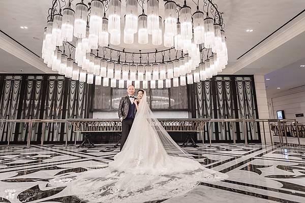 台北新秘推薦 新娘宴客造型 新娘化妝髮型 美式風格新娘造型 海外婚禮婚紗新秘 個人彩妝教學 婚攝小朱爸 文華東方