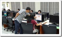 施文賢老師對於學生一對一的指導