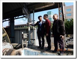 02-鄒校長前往汙水處理廠了解生物處理汙水作業流程