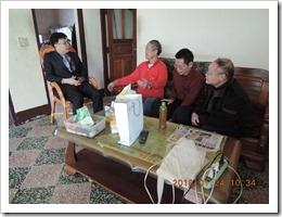 03-鄒校長與地土討論投入環境教育