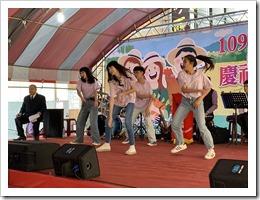 本校熱舞社表演4