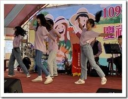 本校熱舞社表演5