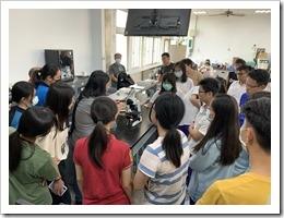 07-周博士示範顯微鏡與手機安裝操作