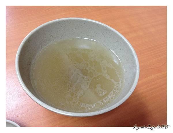20130730紅豆腐豬血湯@昌吉街(1)