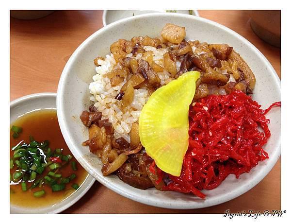 20130730紅豆腐豬血湯@昌吉街(9)