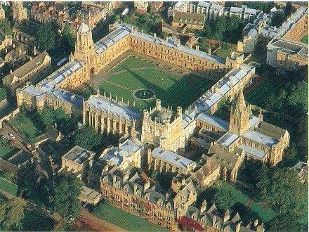 牛津基督學院全景.jpg