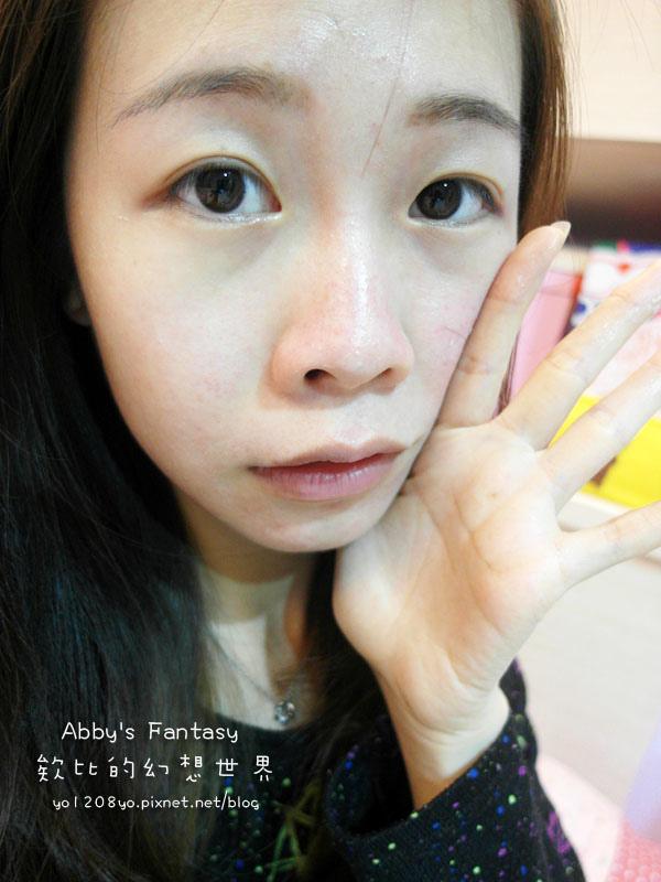 臉部保養  V臉緊緻神器!幫肌膚穿上隱型彈力衣~ HANROON韓潤隱型八爪緊緻精華+隱型八爪超能緊緻霜 Abby's Fantasy 欸比的幻想世界 (16).jpg