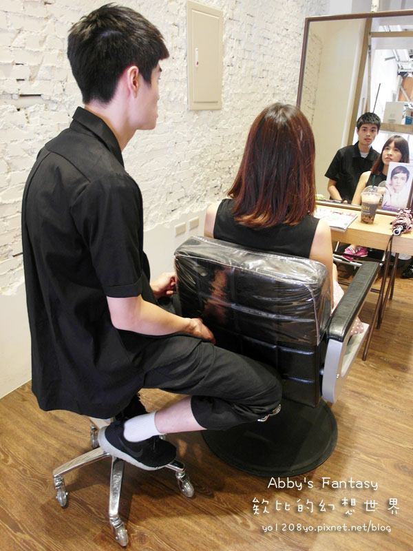 打造夏日清新髮色◆推薦新竹市區優質髮廊◆挑染低調華麗的亞麻色◆愛用AVENDA美髮產品 Abby's Fantasy 欸比的幻想世界 (12).jpg
