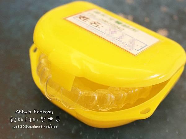 美國FastWhite齒速白牙托式快速牙齒美白系統牙齒 淨白 迅速、便宜、強效!讓面試100分 Abby's Fantasy 欸比的幻想世界 86SHOP 86小舖 (9).jpg