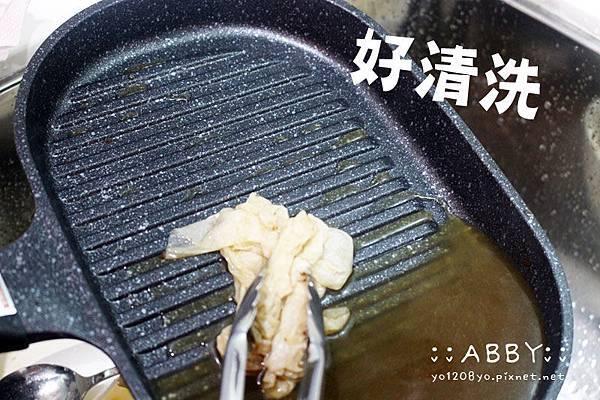 悠閒家庭日 ❤ 手作番茄肉醬義大利麵+霜降牛排大受好評 ❤ 大推Arnest電磁爐通用不沾鍋煎鍋燒烤鍋31.jpg