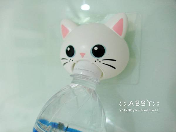 小女人的貼心好物,秒開瓶寶特瓶!再也不怕打不開,讓手痛的要命.... Arnest可愛貓咪頭開瓶器 ❤1 (6).jpg