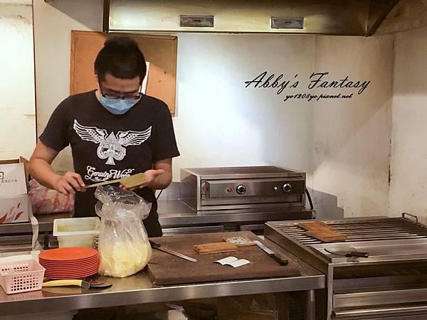 超好吃的新加坡亞坤早餐 →亞坤咖椰吐司Ya Kun Kaya Toast 新加坡必吃美食 (7).jpg