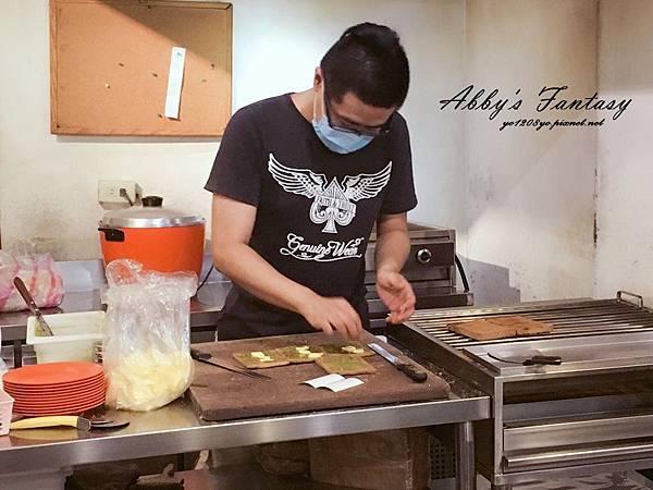 超好吃的新加坡亞坤早餐 →亞坤咖椰吐司Ya Kun Kaya Toast 新加坡必吃美食 (9).jpg