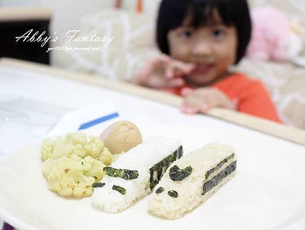 五分鐘完成可愛日本電車飯糰套餐,提升小孩食慾的好方法 ❤ Arnest創意料理小物電車飯糰模型套組 (4).jpg