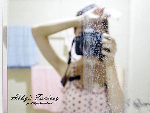 Arnest生活用品 防滑折疊地墊 鏡子拋光清潔劑 鏡子防霧水漬清潔劑 廁所清潔 (6).jpg