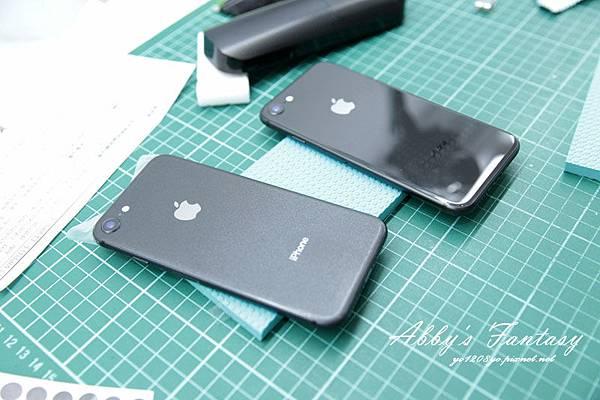 iPhone 8 開箱第一件事情就是包膜啦!完全貼合曲面玻璃保護貼技術太威拉!By 小豪包膜逢甲店 (8).jpg