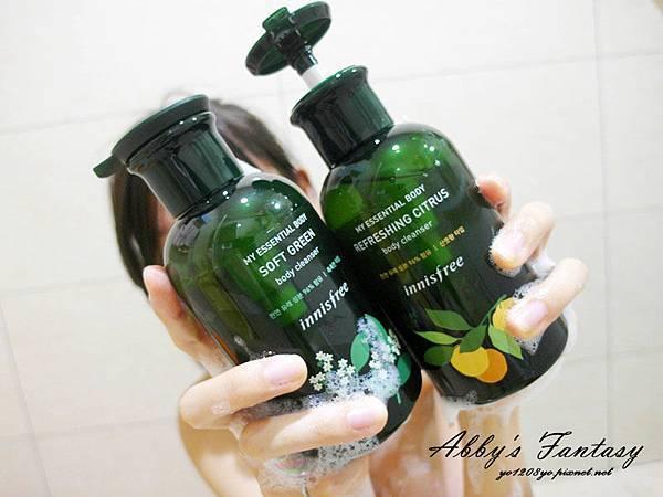 innisfree我的小綠瓶沐浴系列好喜歡~ 柑橘(清爽)、松木(保濕)、花樣(滋潤) 超貼膚面膜升級版  (3).jpg