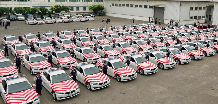 BMW總代理汎德公司與內政部警政署盛大舉行 國道公路警察局100年巡邏車交車典禮_01.jpg