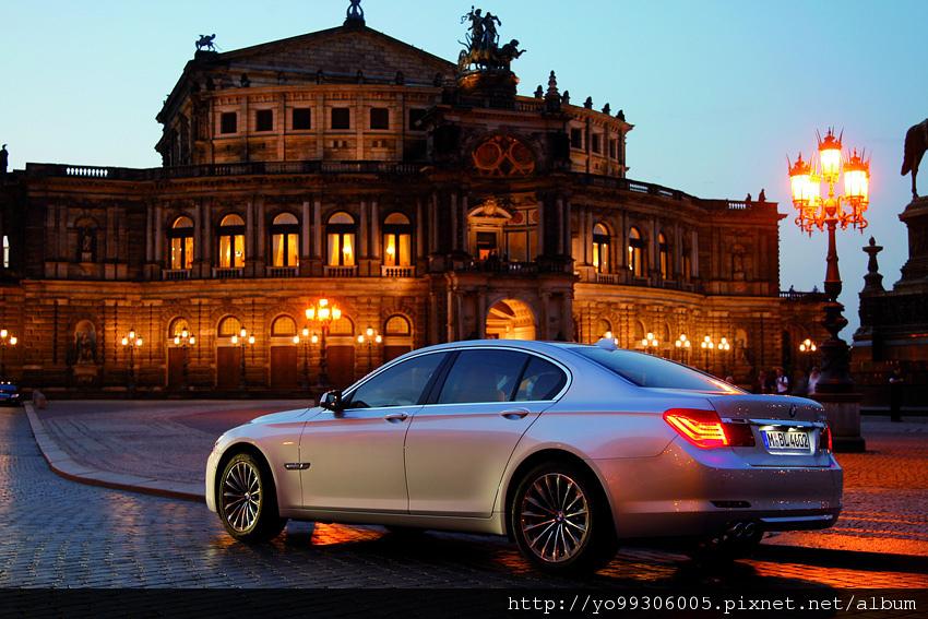 BMW大7系列_2.JPG