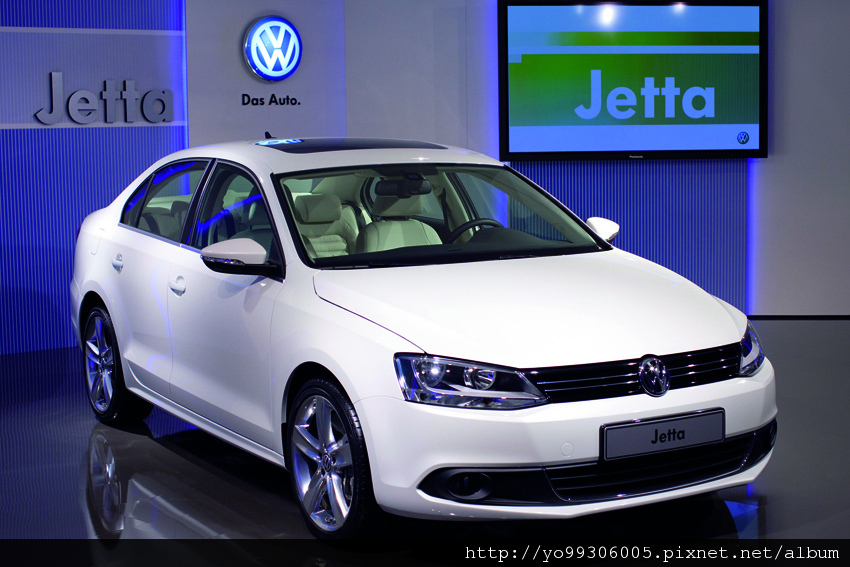 Volkswagen Jetta  2 (1)