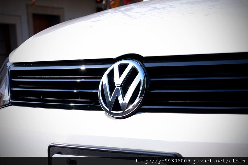 Volkswagen Jetta  2 (3)