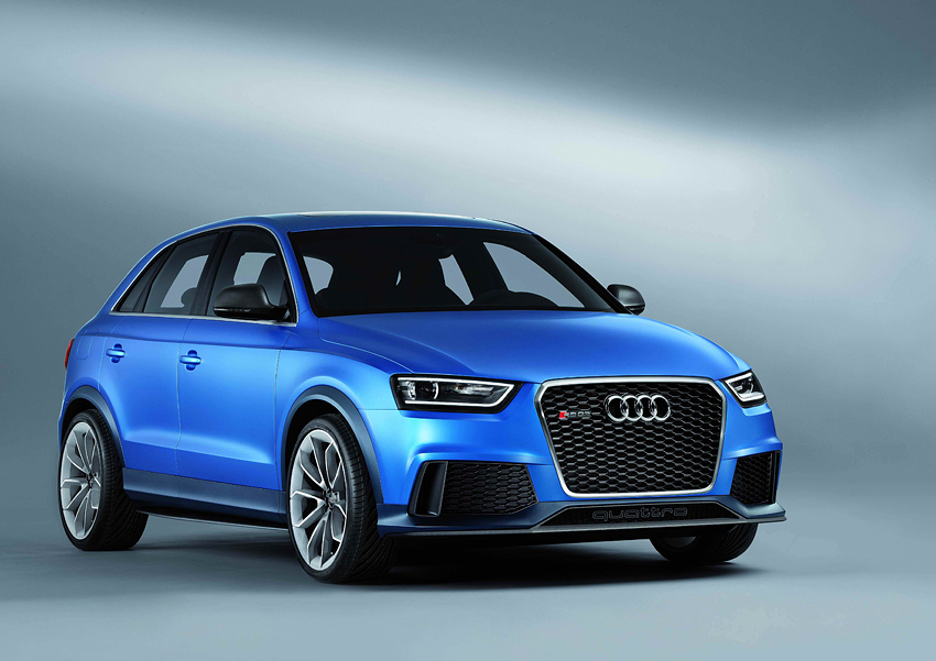 01 Audi RS Q3 Concept身披以鄂爾多斯無盡浩瀚的天空藍(Ordos Blue),作為極致動能的特殊象徵,更充分彰顯其與Audi RS高性能車系之優良血脈系出同源的身分!
