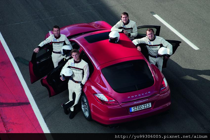 Porsche Panamera GTS (2)