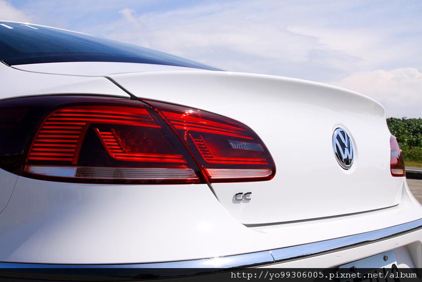 Volkswagen CC (8)