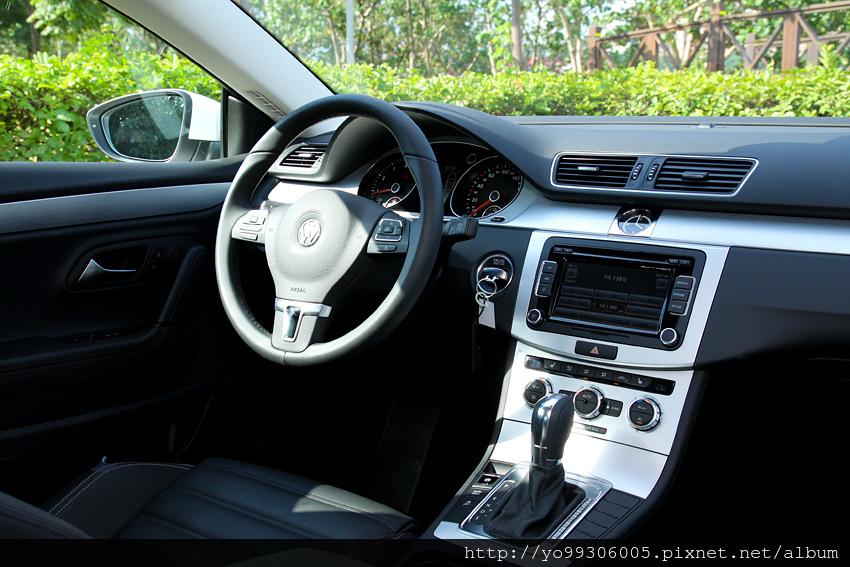 Volkswagen CC (10)
