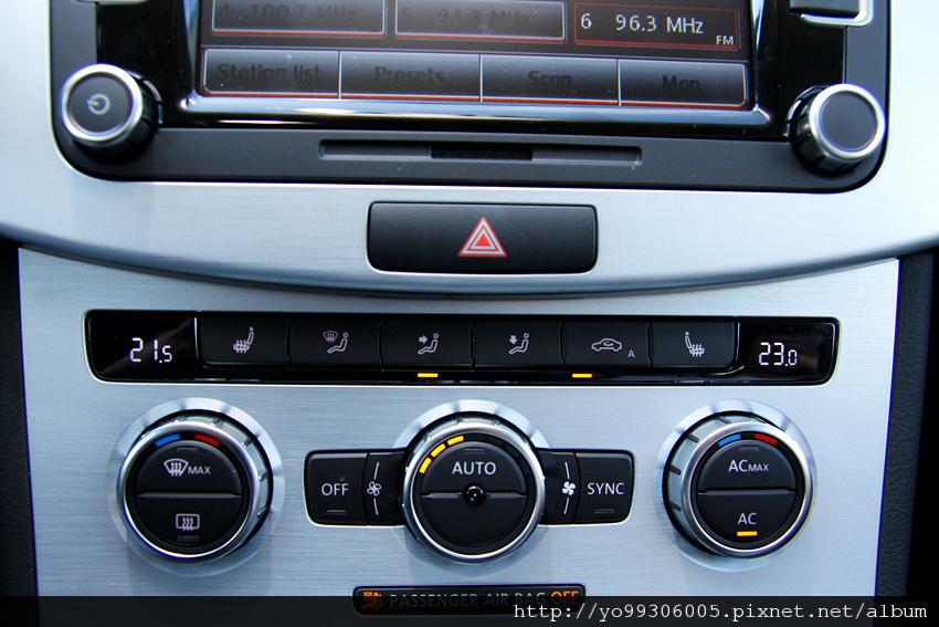 Volkswagen CC (12)