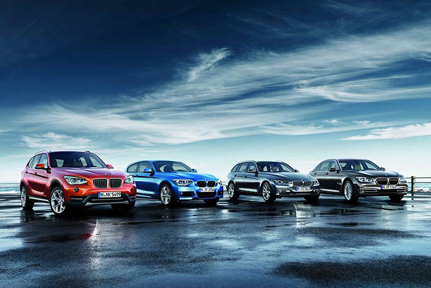【新聞照片一】(由左至右)全新改款BMW_X1、全新BMW_M135i五門掀背跑車、全新BMW_3系列Touring以及全新改款BMW_大7系列即將在BMW_EXPO未來車展中登場