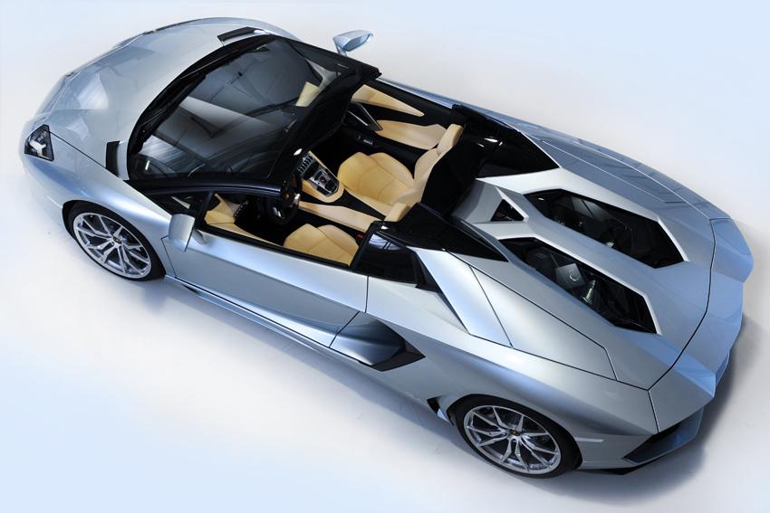 Lamborghini Aventador LP700-4 Roadster (2)