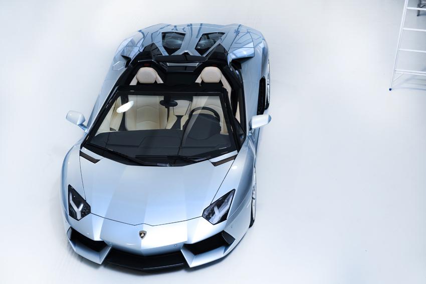 Lamborghini Aventador LP700-4 Roadster (4)