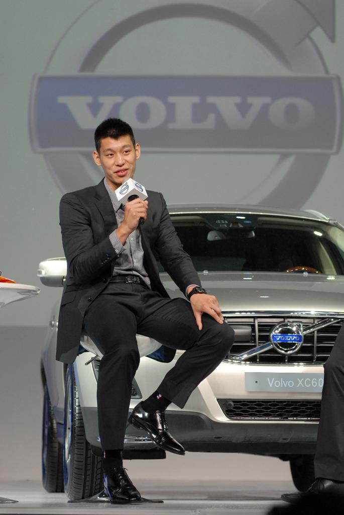 01:VOLVO 全球品牌大使林書豪將於 8月16 日出席「2013 VOLVO Brand Adventure」品牌活動。.jpg