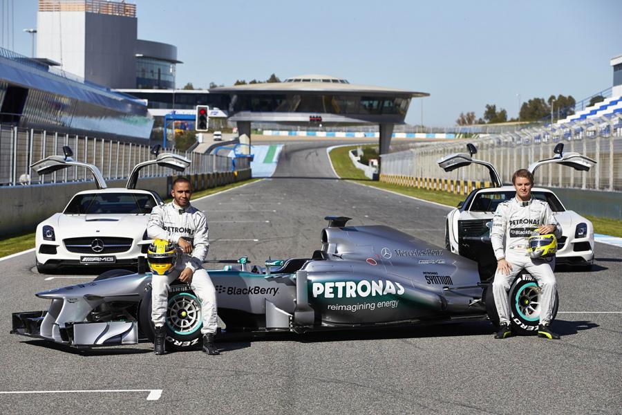 Mercedes-AMG PETRONAS F1-圖B.JPG