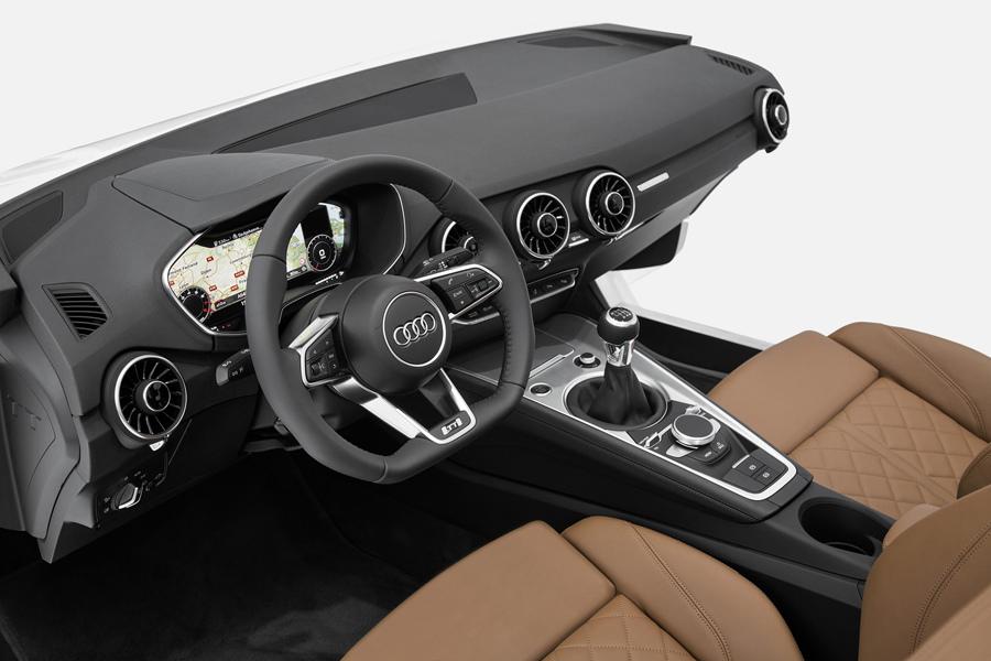 圖6.Audi於CES展出全新駕駛座艙設計, 預告下一代Audi TT操控系統的嶄新風貌。.jpg