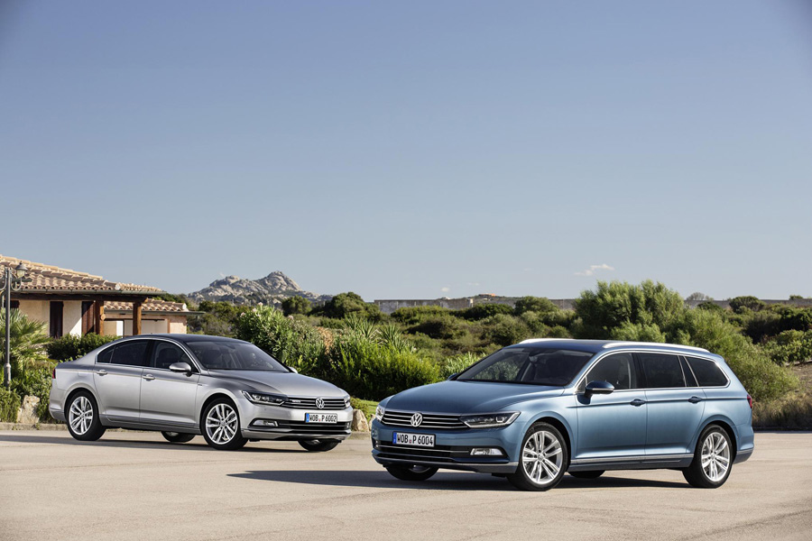 The new Passat(左)&The new Passat Variant(右)-2.JPG