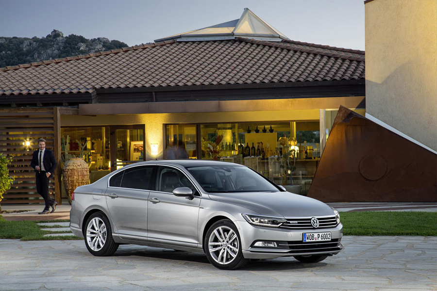 The new Passat-1.JPG