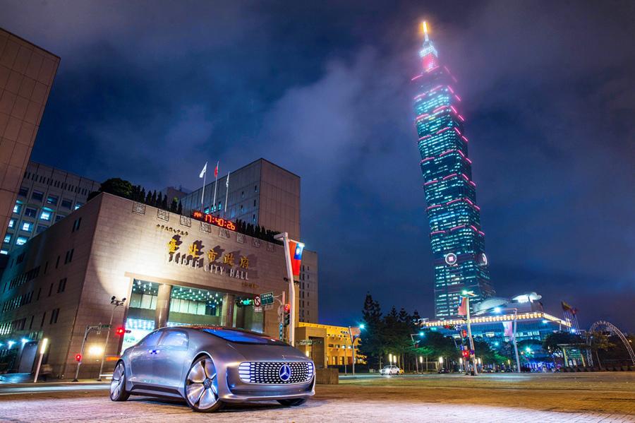 圖6-Mercedes-Benz F015.jpg