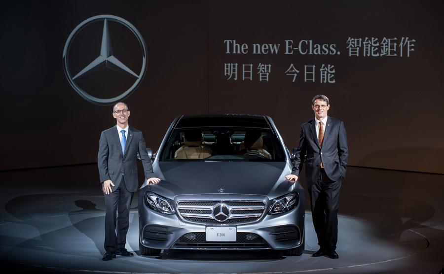 車壇中的豪華中大型房車王者E-Class全新進化,嶄新第十代車型於今日(6月2日)正式發表.jpg