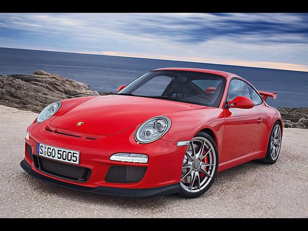 2010-Porsche-911-GT3-Front-Angle-2-1280x960.jpg
